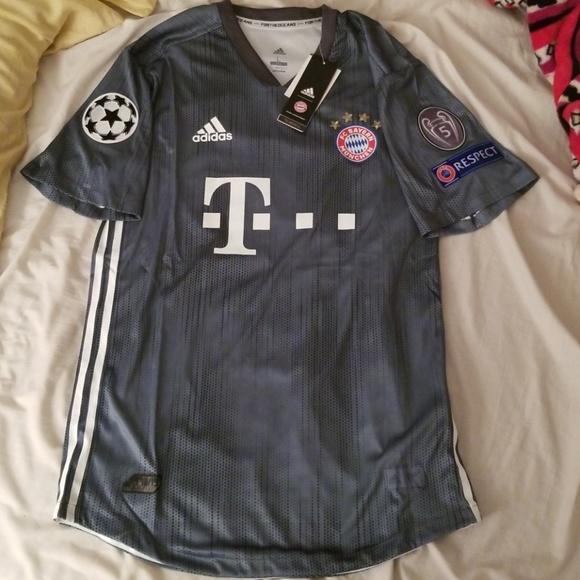 low priced 811de 1d062 Bayern Munich James Rodriguez jersey 18/19 Away